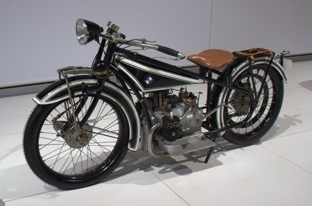Hemmings - New York International Auto Show - BMW display - 1920�s BMW R32 Motorcycle
